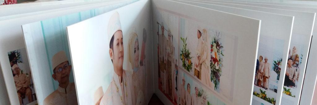 https://www.album-kolase.com/wp-content/uploads/2017/05/Hasil-Cetakan-Album-Kolase-Wedding-20x30-1-1024x341.jpg
